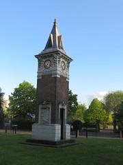 UK - London - Stepney Green - Tower (JulesFoto) Tags: uk england london clog centrallondonoutdoorgroup stepneygreen eastend tower