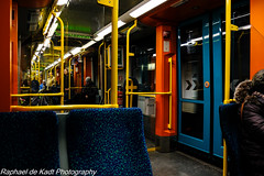 In The Strassenbahn! (Raphael de Kadt) Tags: frankfurt hessen strassenbahn carriage cheerful germany s5