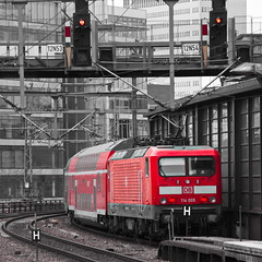 114005 (micagoto) Tags: berlin topv111 zoo db re bahn bahnhofzoo 114 regionalexpress dosto signalbrücke dbregio br114 114005 verkehrsrot d7000