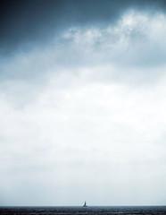 Reencuentro con el mar (_Zahira_) Tags: blue sea sky cloud azul clouds lafotodelasemana mar barco olympus cielo nubes minimalismo nube velero ngr e500 uro espacionegativo ltytr1