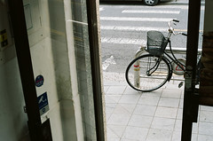문,자전거 (형수) Tags: 문 자전거 통의동 서촌