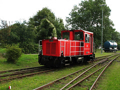 09-08-06 Wangerooge Ort Bahnhof 399 107 - 2 - 06 (tramfan239) Tags: db wangerooge 399 diesellok 1000mm inselbahn schöma schmalspurbahn