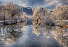 Magic Winter (Achim Thomae) Tags: winter reflection germany bayern deutschland bavaria day cloudy oberbayern upperbavaria wintertime dezember spiegelung raureif reif kochelsee winterlandschaft kochelamsee thomae achimthomae gettyimagesartist pwwinter