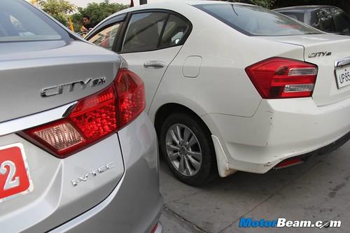 2014-Honda-City-62