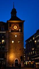 DSC_5706_2 (kuhnmi) Tags: blue light tower clock schweiz switzerland evening cityscape suisse geneva dusk sightseeing illumination clocktower hour bluehour sight genève genf sehenswürdigkeit