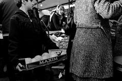 Rotterdam, Visserijplein, October 2013 (Foooootooooos) Tags: street blackandwhite bw holland rotterdam nikon noiretblanc market zwartwit nederland streetphotography mercado jalan markt rue paysbas marché olanda pasar オランダ straat hollande delfshaven 鹿特丹 荷兰 hollanda paísesbajos schwarzweis belanda strase straatfotografie paísesbaixos explored paesibassi photographiederue ロッテルダム הולנד hitamputih هولندا roterdão нидерланды roffa 네덜란드 strasenfotografie d7000 ρότερνταμ روتردام роттердам 로테르담 ολλανδικά fotografijalanan visserijplein รอตเทอร์ดาม