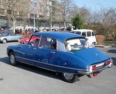 Citroen DSuper bleu (gueguette80 ... Définitivement non voyant) Tags: old mars car id citroen ds collection salon autos reims 2014 anciennes véhicule françaises champenois