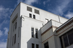Pyrene Building, 981 Great West Road (Ken Barley) Tags: london industrial artdeco brentford goldenmile greatwestroad pyrene wallisgilbertandpartners