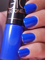 Frio na Barriga - Hits Gio Antonelli (Natalia Breda) Tags: azul hits esmaltenacional