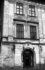 Peeling (CameraCat.) Tags: canon canon550d krakow cracow poland city blackandwhite building monochrome peeling architecture