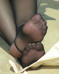 Candid feet from China (222) (Candid 100%) Tags: asian candid feet nylon pantyhose chinese china shoeplay dangling dipping toes soles foot shoes ballet flats high heels pumps sandals külotlu çorap ayak füsse strumpfhose калготкі чорапогащник pantis punčocháče strømpebukser sukkpüksid sukkahousut collants media calza καλσόν harisnyanadrág パンティーストッキング 팬티 스타킹 zeķbikses pėdkelnės جوراب شلواری rajstopy meiacalça ciorapi колготки унихоп pančucháče hlačne nogavice strumpbyxor קאָלגאָטקעס broekiekס