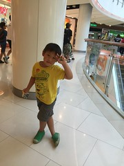 2017.3.7 Central World Department Store 中央世界百貨 (amydon531) Tags: baby boys kids brothers justin jarvis family toddler cute 泰國 曼谷 自由行 親子旅遊 travel trip bangkok thailand central world department store 中央世界百貨