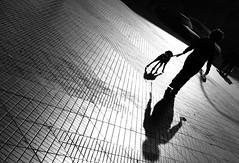 Santiago de Chile (Alejandro Bonilla) Tags: santiago chile street city urban bw black white sony santiaguinos sam santiagocentro streetphotography santiagochile sonya290 blancoynegro bn blackandwhite blanconegro urbana urbano urbex