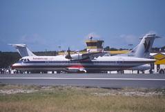 45ab - American Eagle ATR 72-212; N429AT@SXM;31.01.1999 (Aero Icarus) Tags: princessjulianainternationalairport slidescan avion aircraft flugzeug plane