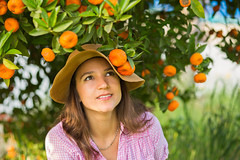 Oranges (Layuee) Tags: nature natural tree fruit mandarin orange tangerine pretty beautiful portrait woman female hat colors colorful