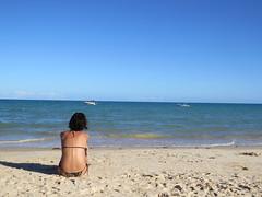 infinito (Mar.tins) Tags: corumbau bahia brazil brasil beleza natural natureza praia cores azul paraíso nordeste barco mangue america do sul south palm tree beach beautiful nature atlantico mar caraívas girl caraíva