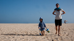 bucket and spade (marukomu) Tags: capeverde beach bucket spade sal santamaria