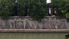 Murales (fr@nco ... 'ntraficatu friscu! (=indaffarato)) Tags: italia italy lazio roma rome tevere murales