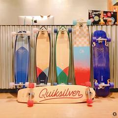 ⚡️Quiksilver⚡️ 好天氣帶出門 整個城市都是你的浪頭🌊 詢問度超高😍 快點帶它回家❤️ ----------------------- Zaza Board Shop 台北市民族東路138號1樓 02-25997838 http://zazaboard.com/ http://blog.zazaboard.com/ #quiksilver  #longboarding  #longboardsurf  #surfskate  #za (zazaboardshop) Tags: quiksilver longboarding longboardsurf surfskate zazaboardshop