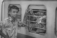 good bye (P3-PhotoSchule.de) Tags: 9 fertig indien abschied schmerz mutter sohn eltern