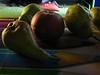 frutta autunnale (dina.elle) Tags: natura morta naturamorta pere mele frutta autunno fruttaautunnale senzaflash interno oscurità biologica fruttabiologica coltivare ortofrutta casa tavolo fruttasultavolo tavola mela pera melepere frutti autunnale automn autunnè fotoincasa internocasa sultavolo raccolto raccogliere fruttadistagione stagionale stagione stagioni penombra