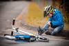 Ein bisschen Schwund ist immer (O.I.S.) Tags: roller scooter junge boy child kind strase road knie knee verletzt verletzung hurt wound pain schmerz canon 5d mkii 135 135mm f2 portrait