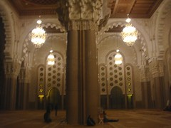 Hassan ii Mosque Interior (Rckr88) Tags: hassan ii mosque interior hassaniimosqueinterior casablanca morocco hassaniimosque masjid islamic architecture arches arch columns column light lights northafrica africa travel travelling