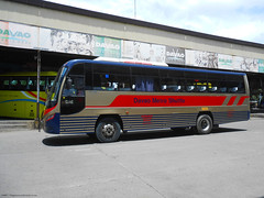 Davao Metro Shuttle (Monkey D. Luffy ギア2(セカンド)) Tags: santarosa motors daewoo bf106 bus mindanao philbes philippine philippines photography photo enthusiasts society