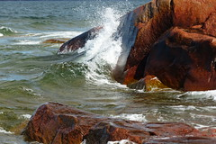 Splash (evisdotter) Tags: splash cliffs klippor water waves nature light colors reflections windy sooc herrön åland