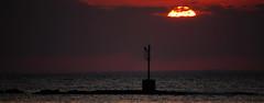 Up (mazzottaalessandra) Tags: sun sunset mare sea sole tramonto porto faro luce light ombre shadows canon teleobiettivo contrasto orizzonte day end nuvole clouds fire fuoco