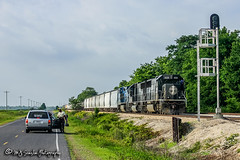IC 1020 | EMD SD70 | CN Yazoo Subdivision (M.J. Scanlon) Tags: ic illinoiscentral cn canadiannational cnyazoosub emd sd70 brazil mississippi siding ic1020 digital freight transportation merchandise commerce business wow haul outdoor outdoors move mover moving southern scanlon canon eos unit engine locomotive rail railroad railway train track horsepower logistics
