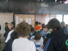 Camisetas customizadas (Colgio Razes) Tags: escola mogidascruzes ensinofundamental educaoinfantil educaoambiental camisetascustomizadas colgiorazes