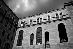 Marianopolis (• CHRISTIAN •) Tags: blackandwhite bw college monochrome architecture nikon noiretblanc quebec decay montreal nb urbanexploration urbex marianopolis explorationurbaine gwim