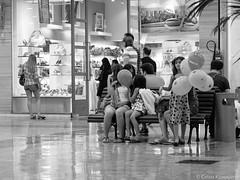 .. (Celso Kuwajima) Tags: brazil people bw saopaulo sopaulo streetphotography finepix fujifilm shoppingcenter moema x10 agfascala200 vsco