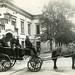 Utrykningsvogn utenfor brannvakta i Kongens gate (1914)
