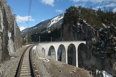 RhB - Landwasser Viaduct (Kecko) Tags: railroad bridge geotagged schweiz switzerland europe suisse swiss kecko eisenbahn railway viaduct gr svizzera brücke bahn 2014 rhb graubünden rhätischebahn rhaetian graubuenden landwasserviadukt filisur viafierretica swissphoto geo:lat=4668088075240666 geo:lon=9674737304449081