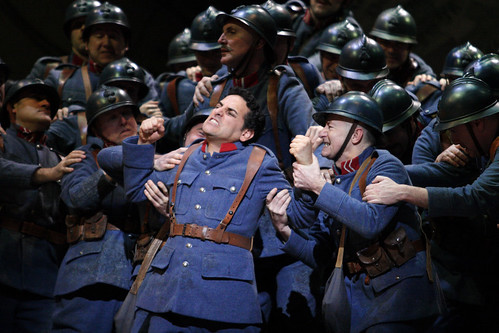juan diego florez as tonio in la fille du regiment roh catherine