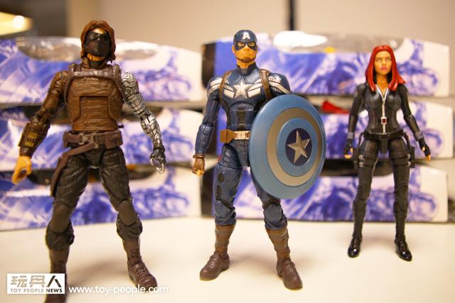 【開箱報告】象徵正義的超級英雄 – 孩之寶美國隊長6 吋系列