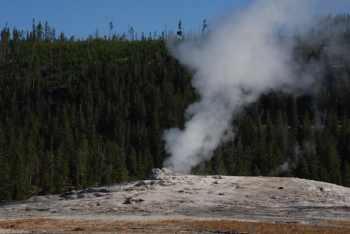 """YellowStone2009 (13) • <a style=""""font-size:0.8em;"""" href=""""http://www.flickr.com/photos/103823153@N07/13204840445/"""" target=""""_blank"""">View on Flickr</a>"""