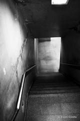 (Ivan Costa) Tags: underground subway stair metro sub under down escada