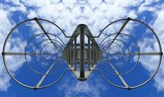DOUBLE MONTEE AU CIEL (CorcuffR) Tags: échelle montée ciel paradis bonheur amour vie couple mort ladder climb paradise sky blue life love