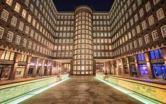 Sprinkenhof windows HWW!! (Stefan Sellmer) Tags: longexposure wow hww germany architecture outdoor uww sprinkenhof hamburg night deutschland de