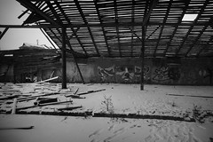 _DSC0367 (Oleg Green (lost)) Tags: abandoned desolation town graffity snow bw monochrome voigtlander sw heliar