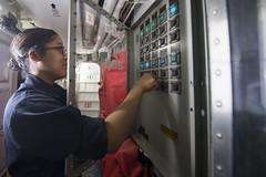 170418-N-BY095-0001 (U.S. Pacific Fleet) Tags: ussshoup ddg86 comptuex nimitzcarrierstrikegroup sailors navy ddg underway pacificocean
