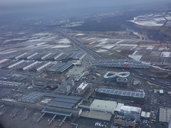 201701006 AB6534 STR-TXL Stuttgart airport (taigatrommelchen) Tags: 20170105 germany stuttgart filderstadt leinfeldenechterdingen aerial view photo snow city airport airplane inflight str edds ber highway