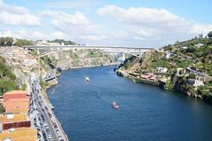 O Douro (p.mamede) Tags: voyage travels reise urlaub barco bateu boat férias vacances ponte brigde landscape paisagem paysage fluss river douro rio