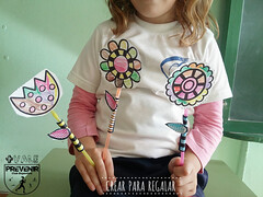 Ramo de flores para celebrar la Primavera con los niños (Mónica Santana) Tags: floresenpapel floresparacolorearyrecortar manualidades manualidadesparaniños manualidadesconniños