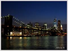 Night  in New York (Alicia B,) Tags: newyork brooklynbridge usa manhattan puentebrooklyn night