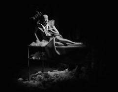 repose (dr.milker) Tags: bw blackandwhite noiretblanc blancoynegro taiwan taipei baderoad mannequin woman model highcontrast urban street window display art installation 台灣 台北 黑白 八德路 街拍 都市 裝置藝術 模特兒 人偶 女人 櫥窗