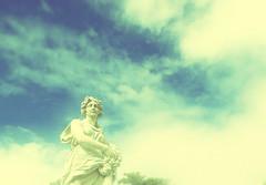 Para todo o sempre e [muito] além (Ricardo Prati) Tags: photography sky dream clouds light sun statue spring square riocity infinit fotografia luz céu sonho nuvens sol estátua escultura sculpture primavera praça infinito brazil brasil